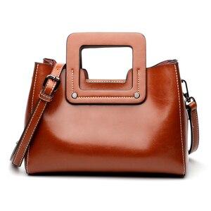 Image 2 - Vintage kadın çanta hakiki deri geniş omuz sapanlar Crossbody çanta kadın yeni stil küçük bayanlar çanta moda omuzdan askili çanta