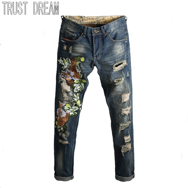 TRUST DREAM Europeans Designed Men Embroidered Tiger Ripped Hole Jean Casual Distressed Slim Denim Man Fashion Jeans l jean camp trust