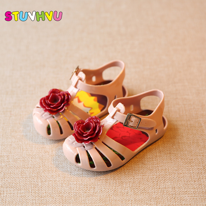 Brand designer kids baby sandals jelly 2019 new mini sed prince flower  beach shoe sandals cool writing girls shoes purple pink
