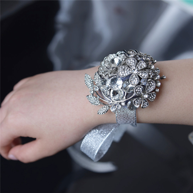 New Design Artificial Rose Wrist Corsage Bracelet Silk Flower Bridesmaid Hand Flowers With Wedding Party
