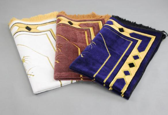 New Milky white Musallah Prayer Rug Tapis Carpet Tapete Banheiro Islamic Praying Mat Islamic Muslim wool Prayer Mat Blanket