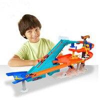 2018 Hot Wheels карусель трек игрушка Пластик металлов миниатюр автомобили track classic Античная мальчик автомобиль игрушки детей игрушки 100% оригинал
