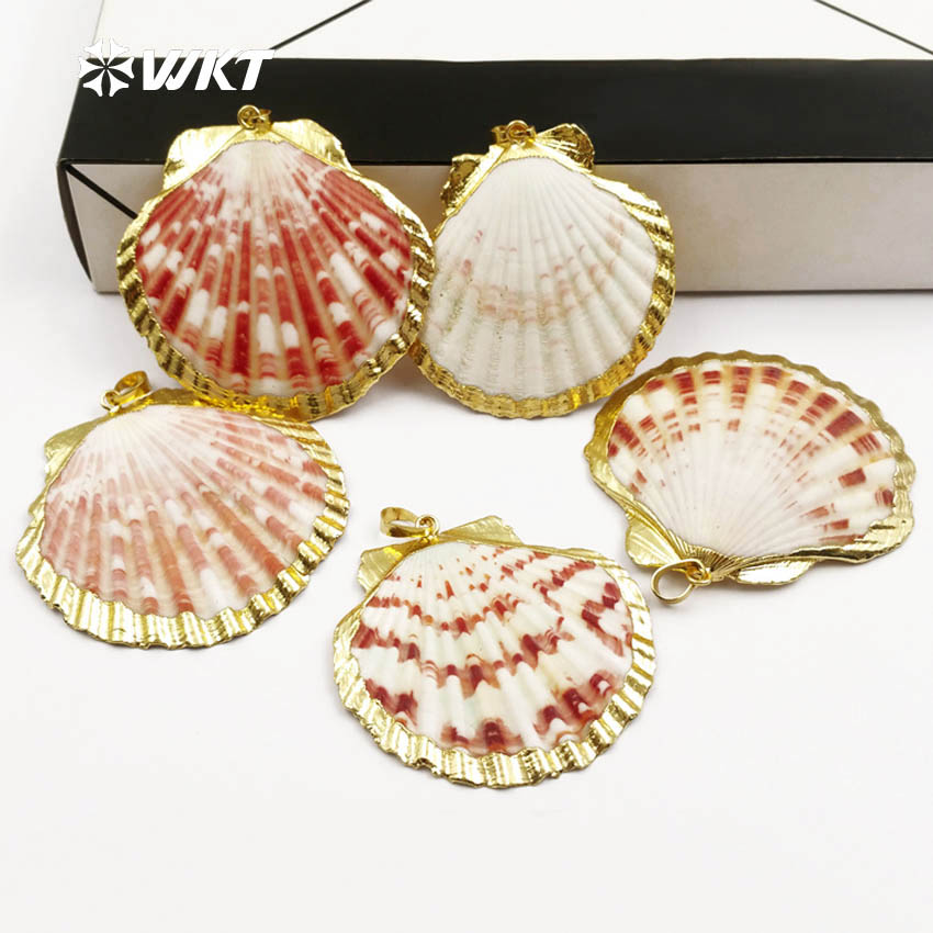 WT JP054 WKT Wholesale natural scallop shell pendants with gold metal plated random size pendants lady
