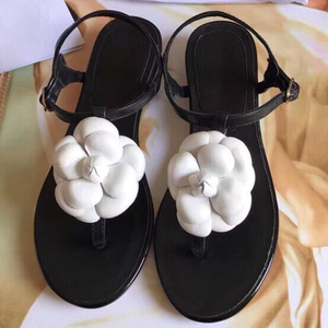 Image 1 - Женские сандалии на плоской подошве, пляжные шлепанцы из натуральной кожи, лето 2019