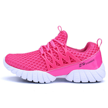 2017 Sports shoes Men and Women Running Shoes Couples Models Breathable Net Shoes Walking Sneakers B2CN6028