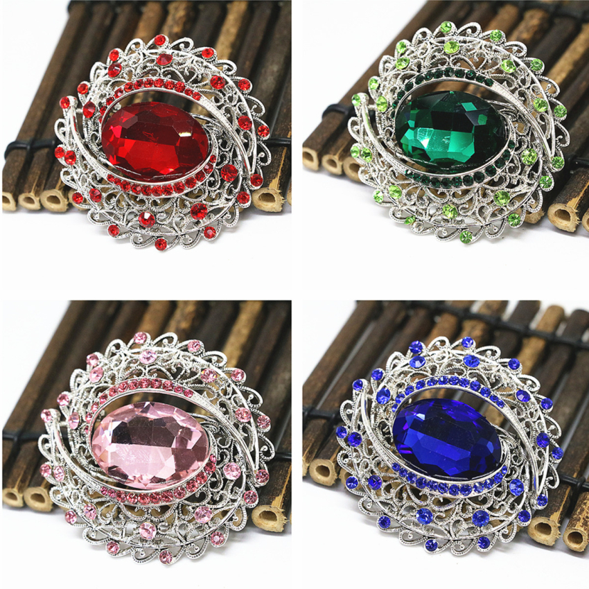 Top quality unique design oval large pins silver color rhinestone crystal wedding dress brooch lady gift