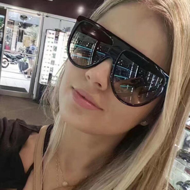 New Black Gradient Oversized Square Sunglasses Women Brand Designer Summer Style Classic Big Sun glasses Female ouclos de sol