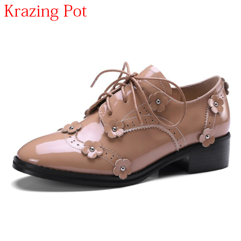 2017 Shoes Woman Genuine Leather Flower Round Toe Lace Up Preppy Style Med Heels Pumps for Women Young Lady Casual Shoes L02 2017 shoes women med heels tassel slip on women pumps solid round toe high quality loafers preppy style lady casual shoes 17
