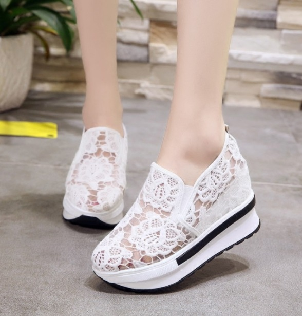 2019 Wedges Canvas Shoes For Woman Platform Vulcanized Air Mesh Shoes Hollow Lace-Up Hidden Heel Height Increasing shoes Casual 5