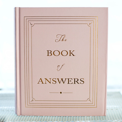 2018 New Super Hardcover Answer Book in English, Fashion Travel Diary, Book of Answers in Life Essential Notebook