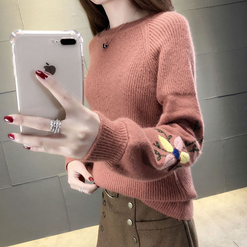 2018 The female head of Korean winter sweater loose embroidered sweater 'Lantern Sleeve Sweater thick