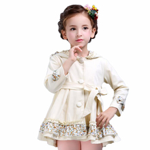 Осеннее пальто для девочек с поясом 2017 бренд FILLE цветочный Костюмы детские длинные Стиль верхняя одежда для малышей