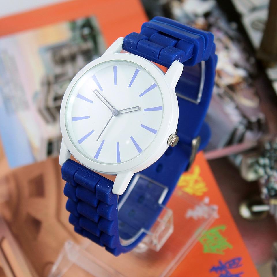 New Fashion 2018 Simple Men Women Quartz Wristwatches DEEP BLUE WHITE C1233