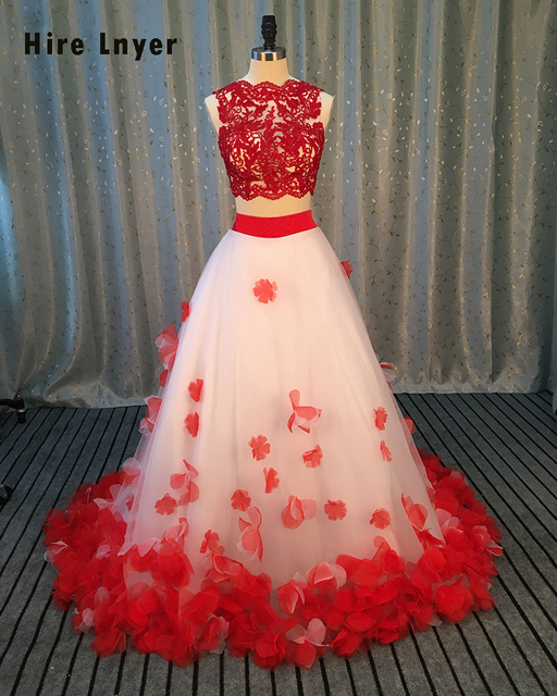 4ef84de600b9f Najowpjg 2019 New Design Gorgeous Flowers Two Piece Wedding Dress Delicate  Embroidery Vestido Scalloped Neck Ball Gown Plus Size
