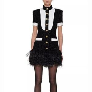 Image 1 - HIGH STREET 2020 Più Nuovo Vestito Alla Moda Bottoni del Blocchetto di Colore del Metallo delle Donne Della Piuma Vestito Decorato