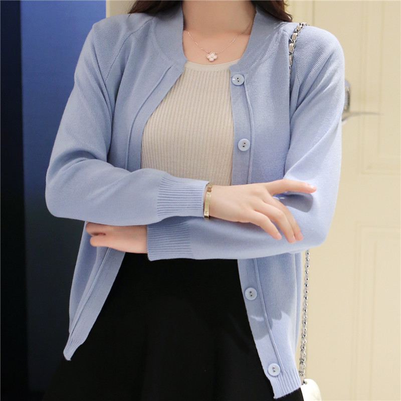 The new spring and summer 2017 female knit cardigan sweater coat short female a little shawl knitted jacket female