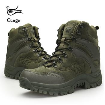Mężczyźni pustynia wojskowe taktyczne buty Armia Outdoor Trekking Boot Fashion casual buty wodoodporne praca buty bojowe tanie i dobre opinie Dorosłych Klamra Gumowe Buty motocyklowe Krowa zamszowa Tkanina bawełniana Płaski (≤ 1cm) Okrągły palec przebiege