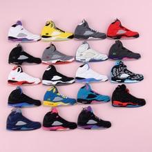 Keychain New Exotic Mini Jordan 5 Retro Shoe Key Chain Men and Women Kids Gift Keyring Basketball Sneaker Holder Porte Clef
