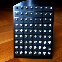 72Pcs (36Pairs) eine Karte 4mm - 7mm Kristall Zirkonia Edelstahl Stud Ohrring für Frauen Mode Schmuck Display Boards LR285
