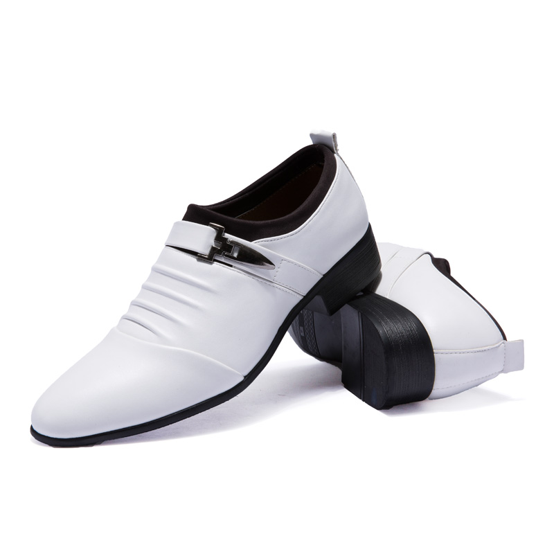 White leather shoes Oxford pointed toe