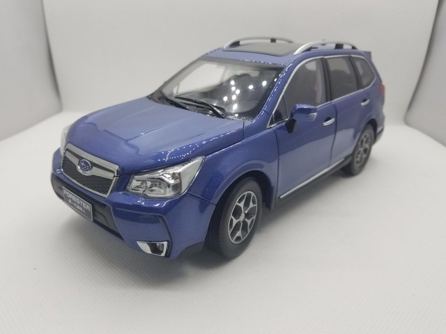 1 18 Cast Model For Subaru Forester 2017 Blue Alloy Toy Car Miniature Collection Gifts