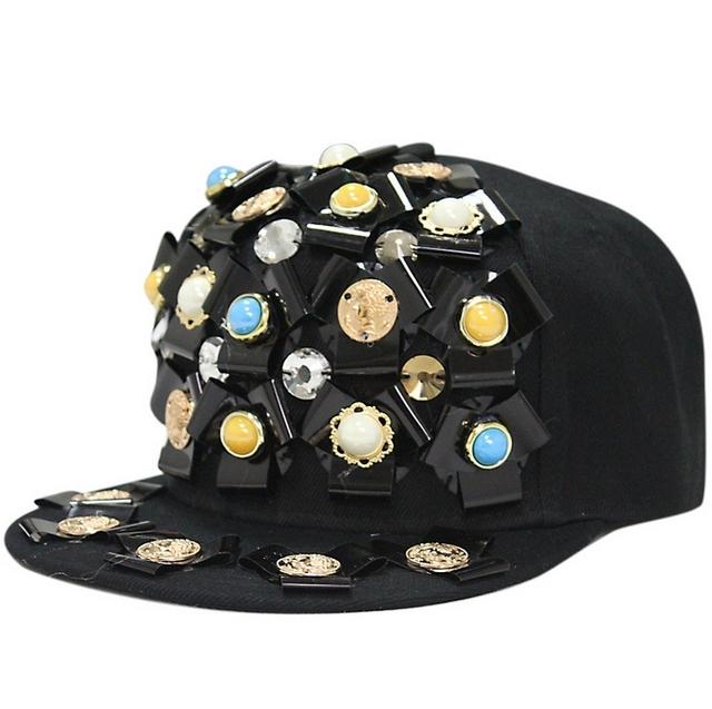 Europa e nos Estados Unidos estilo de moda DO PUNK skate chapéu mulheres e homens hiphop rua flor rebite tampas snapback plana