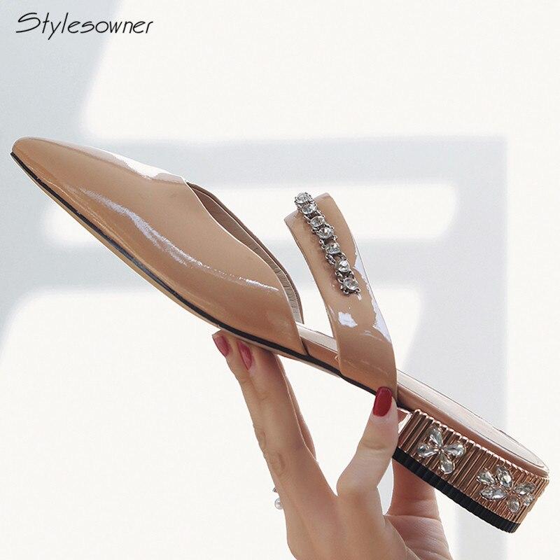 Stylesowner острый носок Украшенные стразами брендовые Для женщин тапочки из натуральной Мелкий рот шику каблуки слайды пикантные новая обувь ...