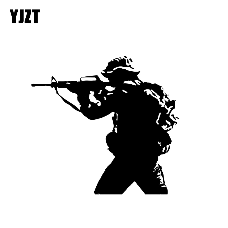 YJZT 15.6*14.6CM Soldier Weapon Gun Decoration Car Sticker Vinyl Accessories Motorcycle Graphic C12-0328