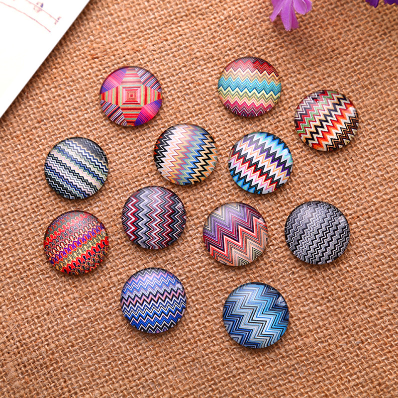100Pcs Multicolor Wave Patterns Round Glass Cabochons Cameos Dome Seals Crafts Making 18mm in Jewelry Findings Components from Jewelry Accessories