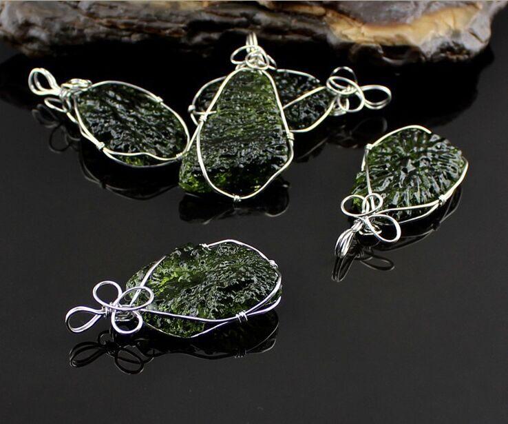40-50ct Premium Quality GEM Green Besednice Moldavite Tektite Meteorite Leafy Pendant