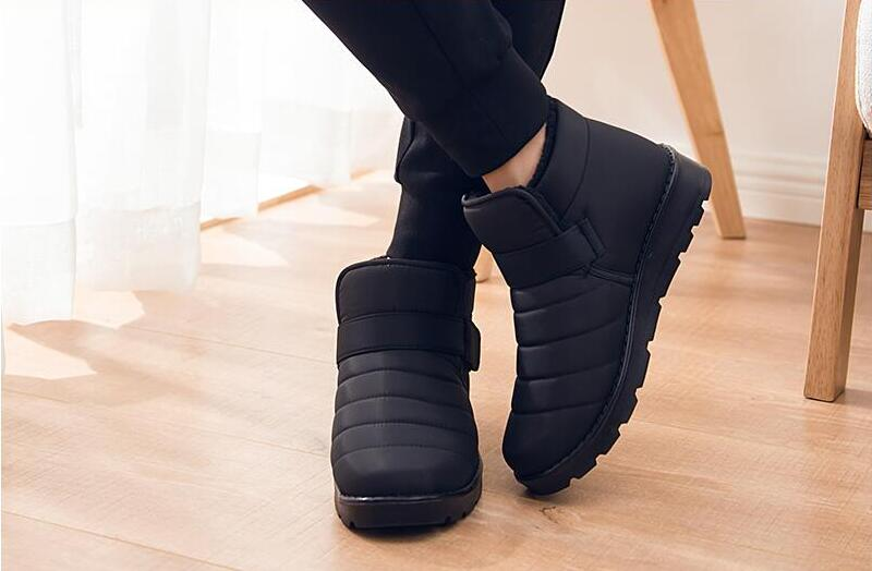 HTB1LxKuXzvuK1Rjy0Faq6x2aVXaz - Hot Sale New Fashion Men Boots Waterproof Ankle Snow Boots Winter Work Shoes Keep Warm Fur Men Footwear Outdoor Plush Shoes