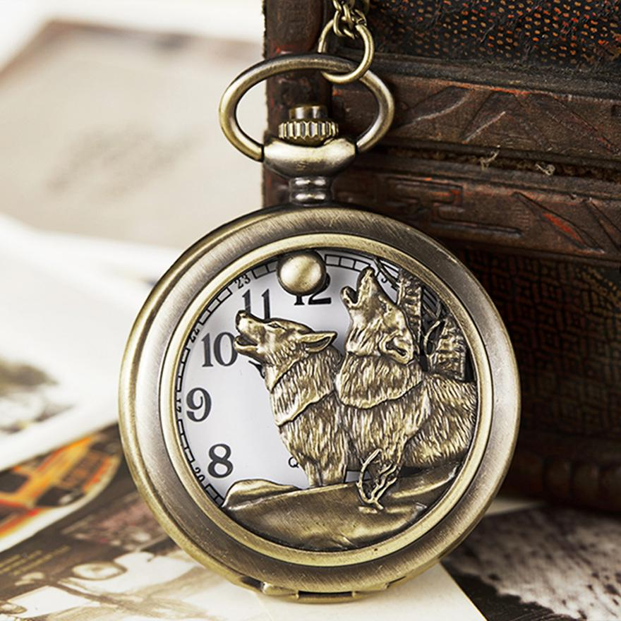 Vintage Wild Wolfs Quartz Pocket Watch Wolves Tribe Wolf Pack Hunter Reloj For Men Children Laser Engraved Flip Necklace Clock