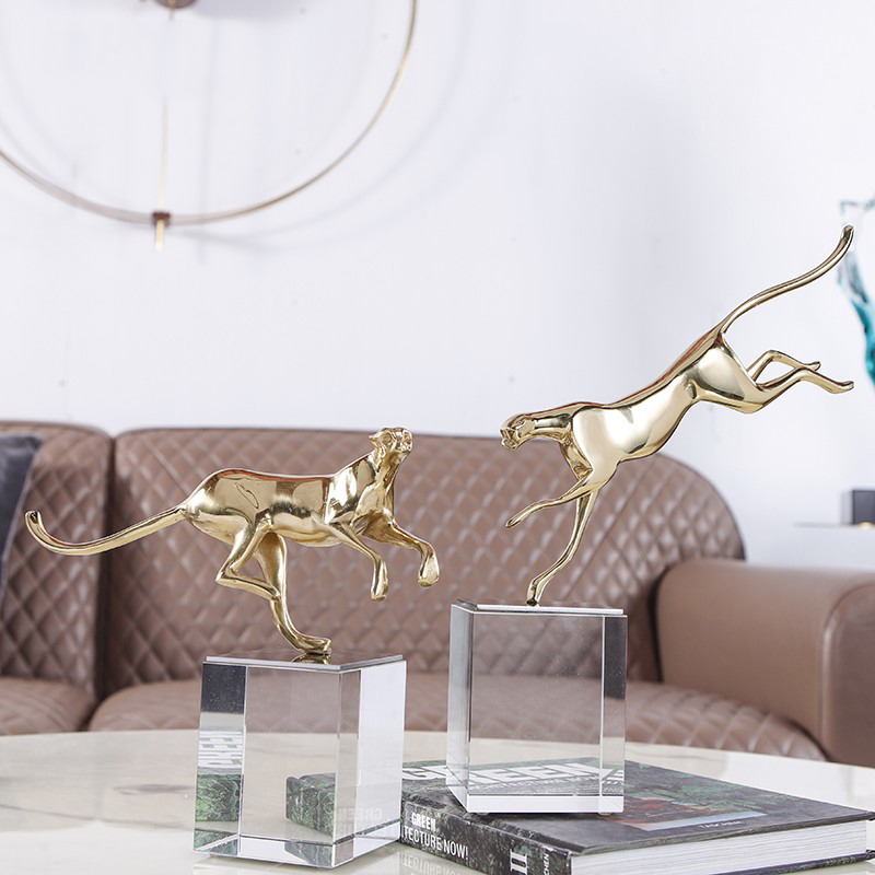 Fierce Jaguar Running Copper Sculpture Home Decor Statue Modern Animal Crystal Ornament Gift Craft Decoration Leopard Sculpture