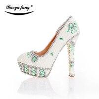 Bege Mulheres pérola frisado sapatos de Casamento Da Noiva moda vestido sapatos palmilha De Couro mulher sapatos de plataforma alta sapatos de salto fino