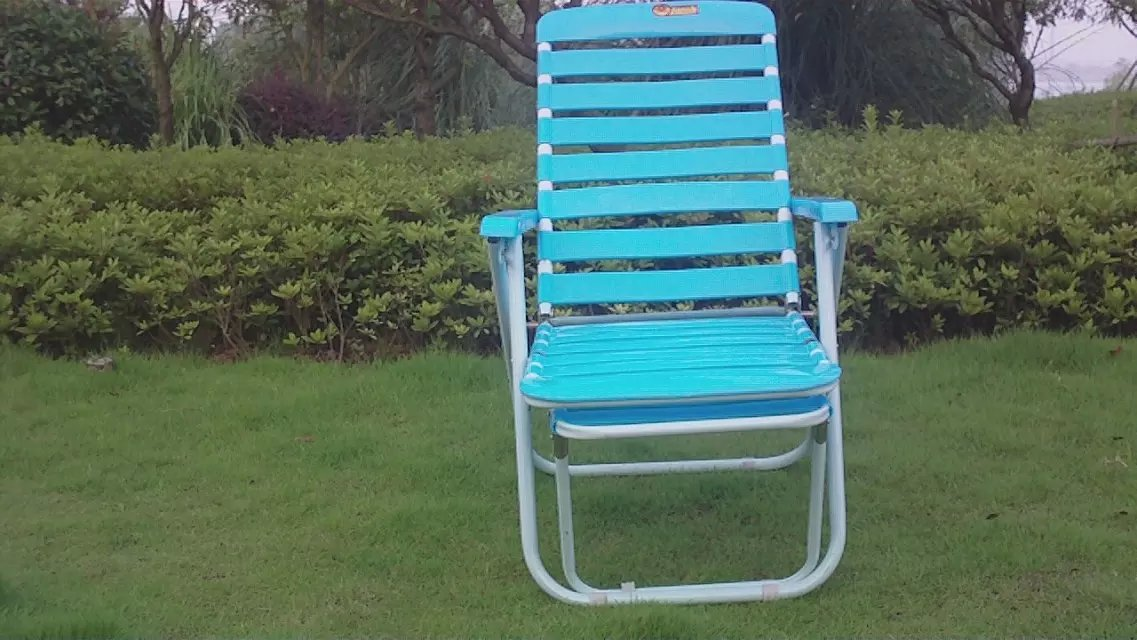 Leisure Folding Recliner Chairs Blue Beach White Plastic Deck Chairs