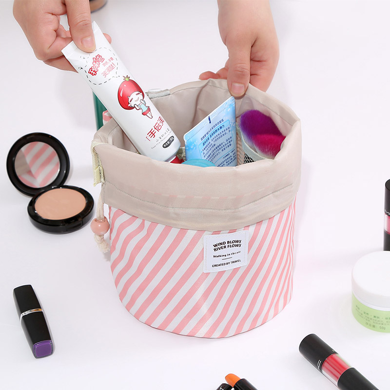2019 New Round Women Makeup bag Toilet bag Travel Vanity Organizer Cosmetic bag Female Feminina Storage Toiletry kit case 25 in Cosmetic Bags Cases from Luggage Bags