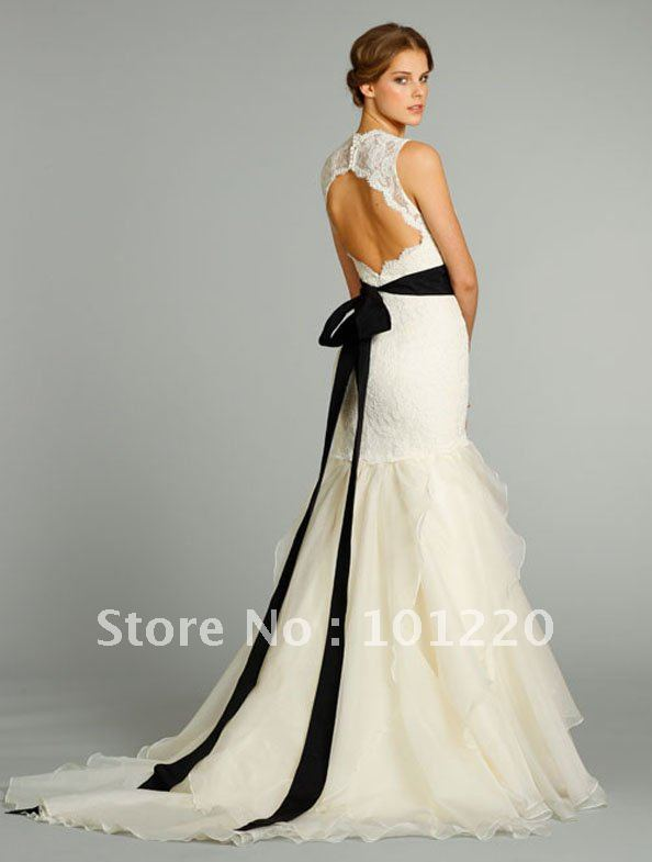 2017 Fall Modified A Line Y Open Back Bridal Gown Black Moire Ribbon With Fl Detail Chapel Train Wedding Dresses In From Weddings