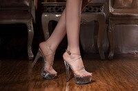 Fabrikant van directe verkoop groothandel 15 cm hoge hakken alle transparante crystal sandalen haat hoge Romeinse holle Dansschoenen
