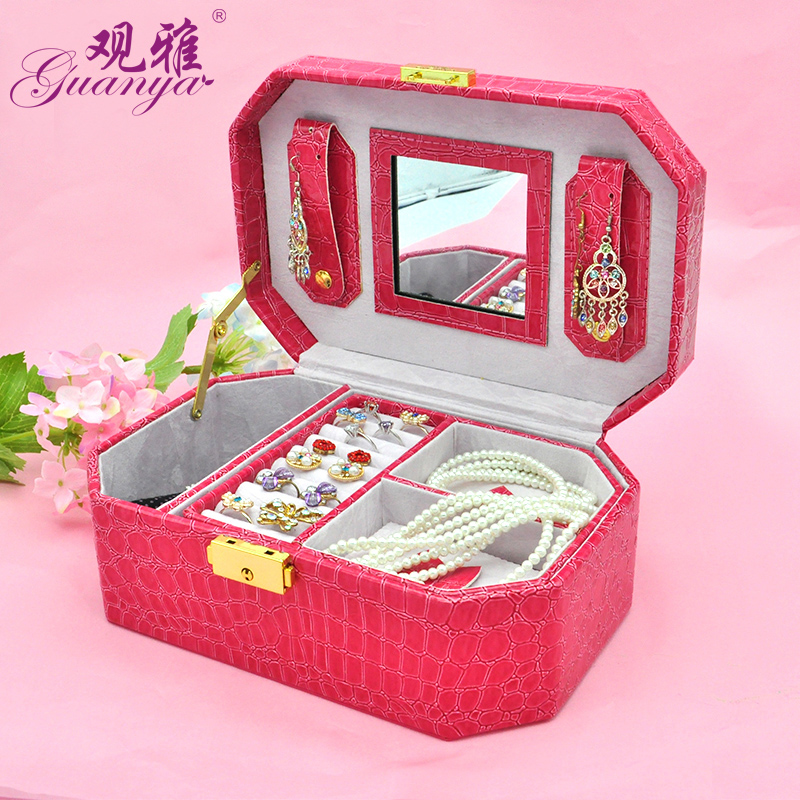 Beautiful elegant and chic jewelery large gift box/box gift and ring display and with metal lock o protect your jewel jewel box