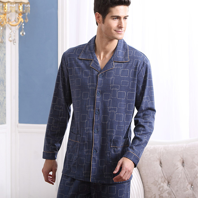 2016 Conjuntos de Homens de Pijama de Algodão Pijama Completo Manga Pijama Sleepwear Masculino Ocasional Turn-down Xadrez Gola Salão Sono Plus Size tamanho A5704