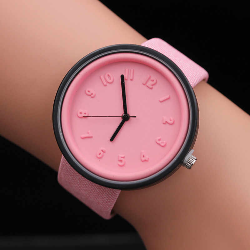 79269fdcea4 Ladies Watches Women 2018 Top Luxury Unisex Simple Fashion Number Watches  Quartz Canvas Belt Wrist Watch