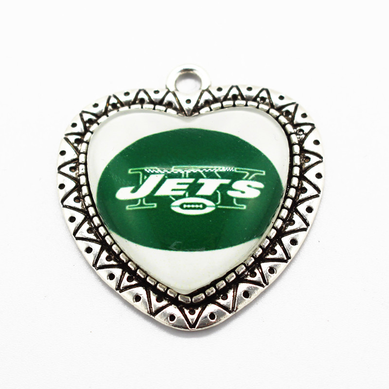 New Arrive Heart Glass Pendant Football Sports NY Jets Team Dangle Charms For Necklace DIY Fashion Jewelry 10pcs/lot image