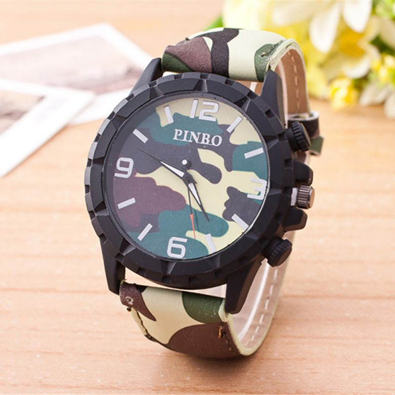 Screaming retail price women compass watches lovers men leather band quartz analog compass set for Retail price watches