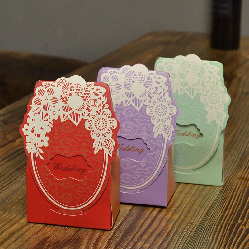 20pcs / 팩 웨딩 장식 초콜렛 상자 결혼식 자주색을위한 빨간 자주색 파란 색깔 사탕 상자 레이저 절단 선물 상자