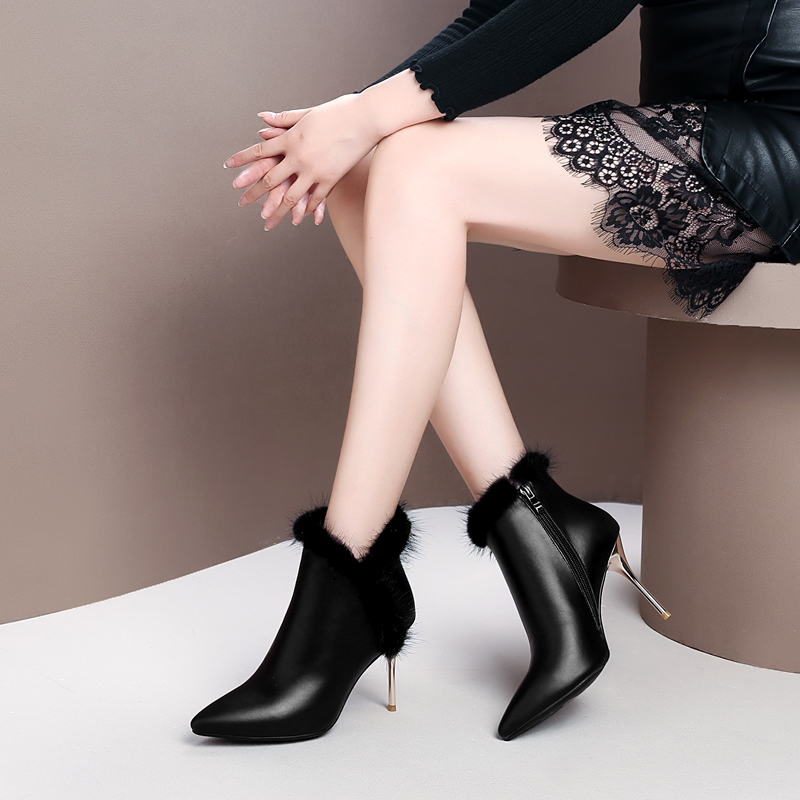 2019 new high-heeled sheepskin suede short boots plated with metal zipper tendon outsole warm velvet2019 new high-heeled sheepskin suede short boots plated with metal zipper tendon outsole warm velvet