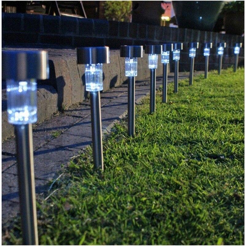 Luces para el jardin decoracin con luces blancas best perfect para iluminar eventos en el - Mi jardin con enanitos ...