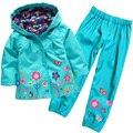 2015 nuevos niños del juego (sudadera con capucha + pantalones), hoodies de los niños, chaqueta de los niños, trajes de la muchacha, los niños impermeable, 2 a 6 años.