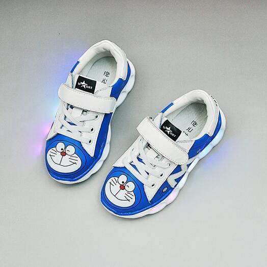 625d69cff Nuevo 2017 LED iluminado bebé historieta de la manera zapatillas de deporte  casuales princesa Encantadora niños niñas zapatos deportivos de alta  calidad ...