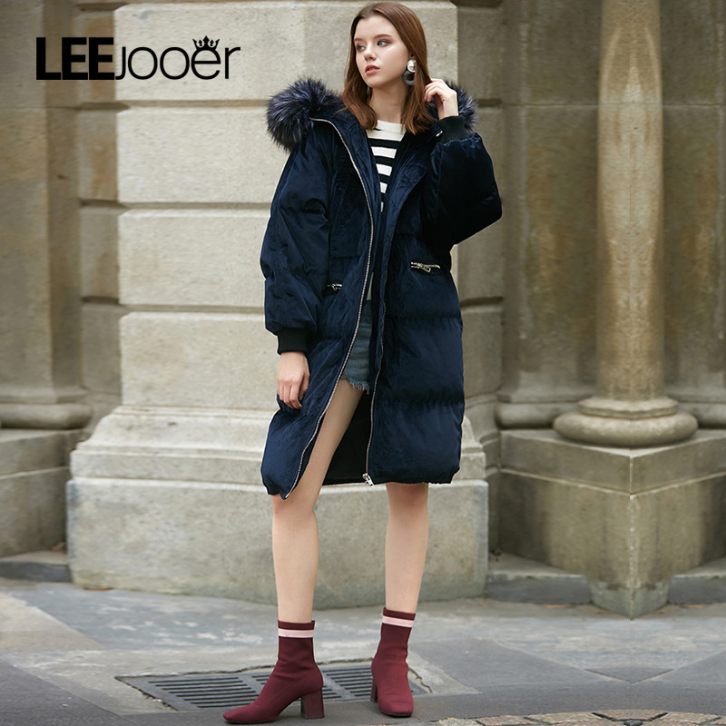 LEEJOOER New Collection 2017 Winter Women Coat Jacket Warm High Quality Woman Park Jacket Winter Coat Hood Real Fox Fur Coats