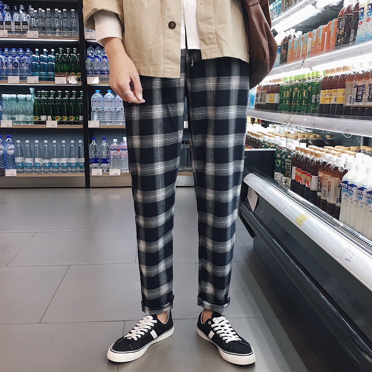 2018 spring New Arrival Fashion Casual Lattice Haren Pants Increase Velvet Thicken Loose Elastic Mid-low Waist Men Trousers